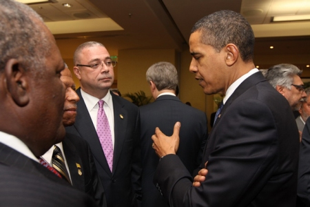 OBAMA DISCUSSING WITH OTHER BLACK PRESIDENTS OF THE CARIBBEAN,BELIZE